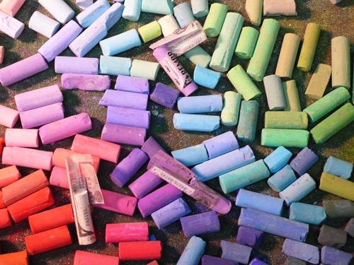 82-preparing-pastels